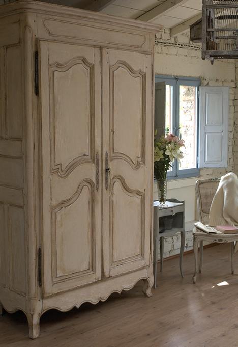 Realizzazione e recupero mobili in stile provenzale - Mobili shabby usati ...